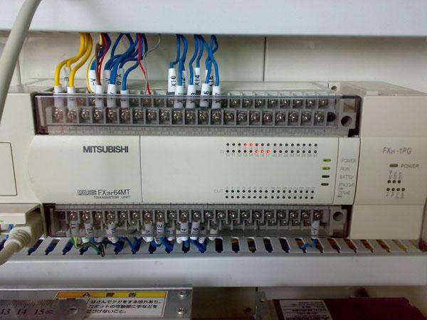三菱plc接线实物彩图